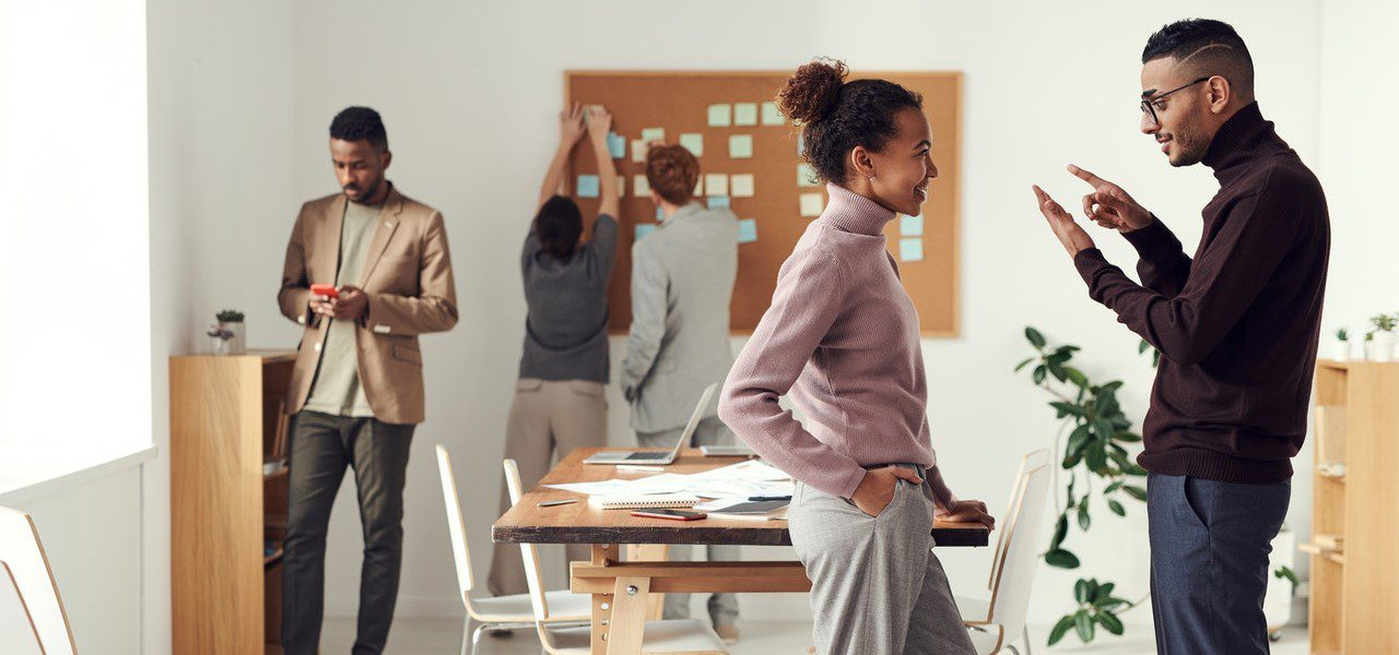 10 Ways HR Can Help to Tackle Unconscious Bias in the Workplace